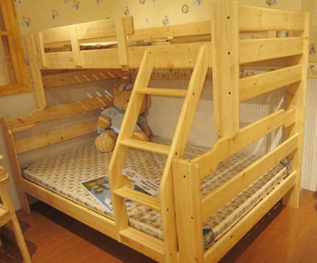 Двухъярусная кровать из дерева своими руками
