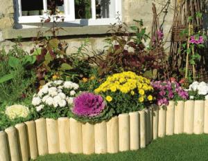 Деревянный бордюр для палисадника