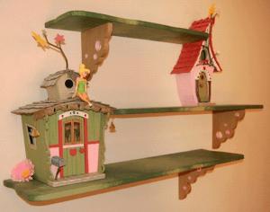 Полочка для детской комнаты