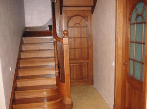Какими должны быть лестницы: стандартный размер ступени лестницы, нормы, требования, расчет размеров