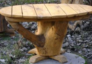 Стол для дачного участка