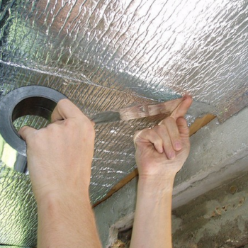 Как правильно укладывать пароизоляцию  на потолок, стены, пол