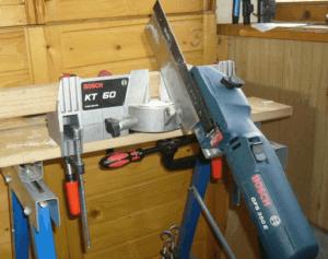 Стусло электрическое: использование в качестве вспомогательного инструмента для резки под определенным углом