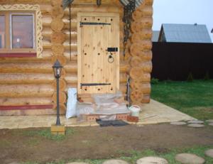 Правильные двери для бани