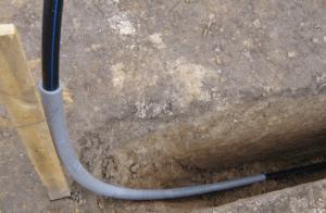 Прокладка водопровода от скважины к дому