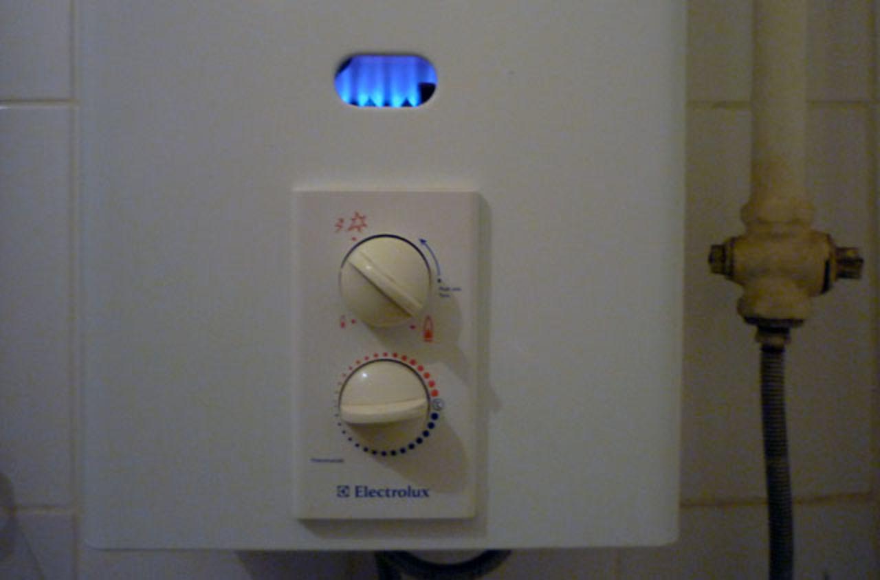 Ремонт газовой колонки аег своими руками