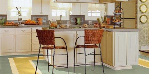 Бытовой линолеум на кухне