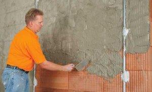 Оштукатуривание кирпичных стен