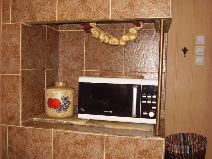 Облицованная плиткой печь