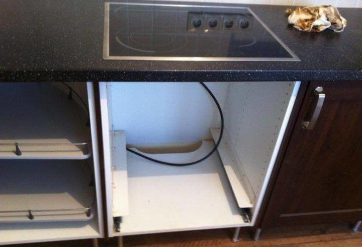 Тумба под духовку с варочной поверхностью