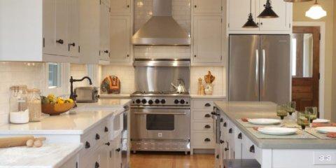 Вытяжка в кухне индустриального стиля