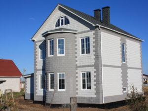 Дом из теплоэффективных блоков