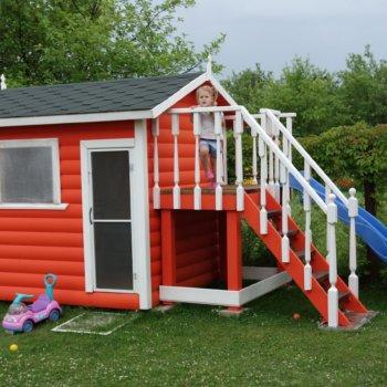 Как построить деревянный домик для детей своими руками