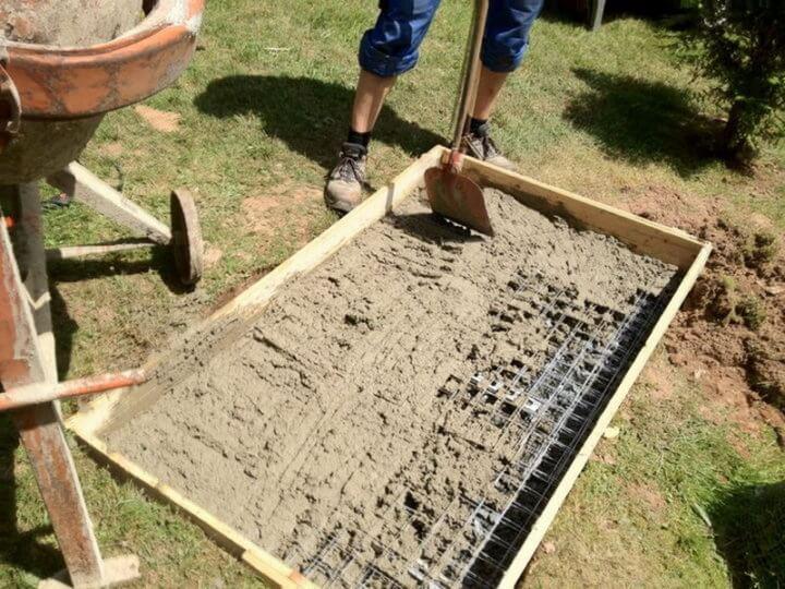 Фундамент под барбекю из кирпича