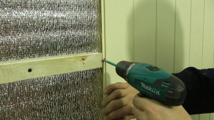 Монтаж стеновых панелей ПВХ на каркас