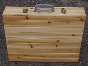 Складной стол-чемодан