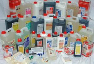 Всевозможные химические добавки улучшают качество материалов
