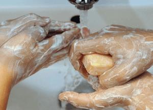 Антиклей поможет отмыть руки