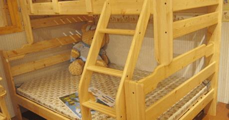 Детская двух-ярусная кровать