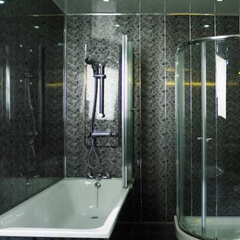 Как закрыть трубы в туалете пластиковыми панелями, чтобы было незаметно и практично