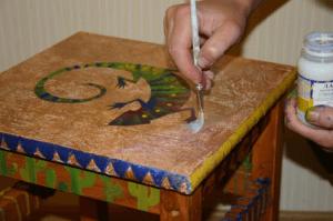 Финишное покрытие обновленной мебели