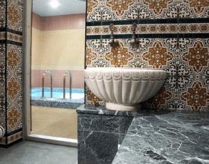 Керамоплитка в бане
