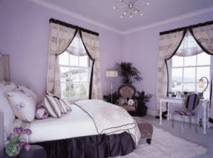 Спальня в фиолетовых оттенках