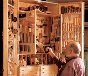 Инструментальный шкаф самостоятельно