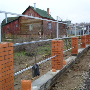 Строим фундамент под кирпичный столб собственными силами