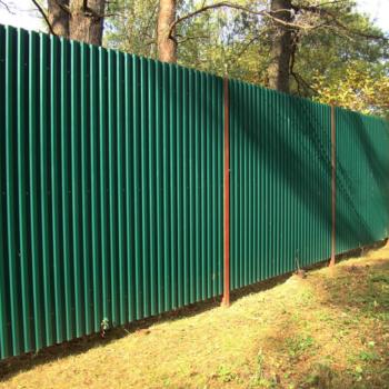 Как изготовить забор из металла своими руками, чтобы он был прочным и выглядел красиво