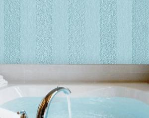 Оформление ванной комнаты жидкими обоями