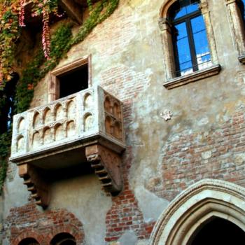Лоджия или балкон: разница и сходство, как сделать выбор