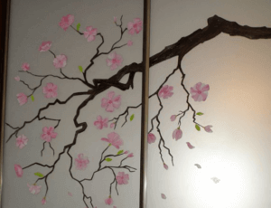 Роспись шкафа-купе акриловыми красками