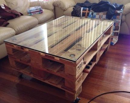 Маленький столик своими руками: удобно и не дорого