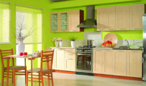 Ярко окрашенная кухня