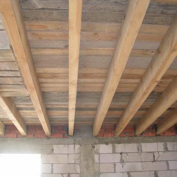Прогиб балки: формула для дома или нагрузки на несущую часть конструкции