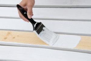 Окрашивание деревянных поверхностей