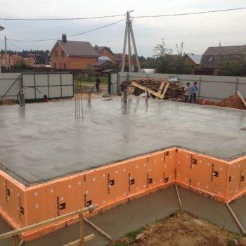 Плиточный фундамент: устройство, преимущества и недостатки