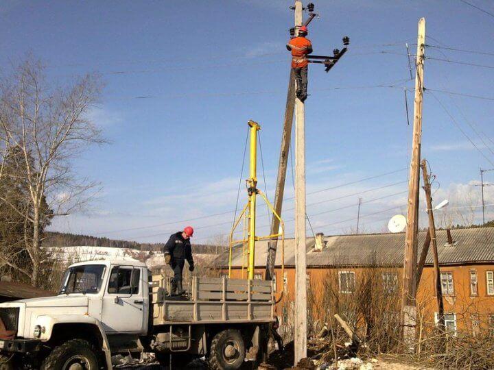 Монтаж электрических столбов