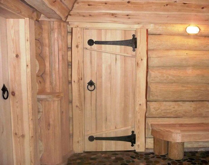 Деревянные двери в баню своими руками