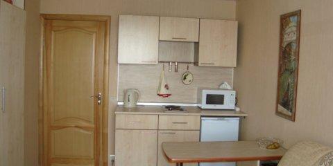 Интерьер комнаты в общежитии 12 кв. м.