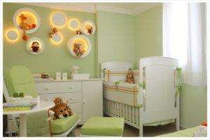 Оформление комнаты для новорожденного: зонирование и отделка стен
