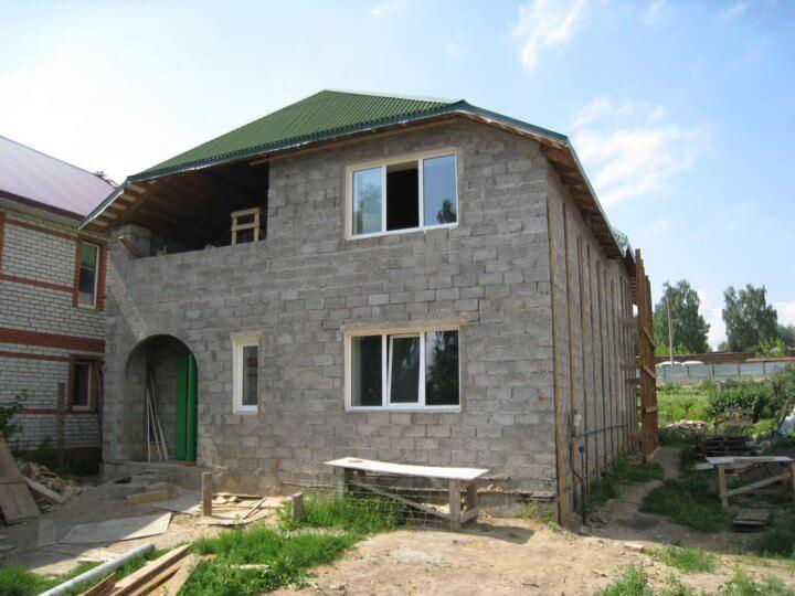Дом из шлакобетонных блоков