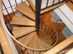 Стандартная винтовая лестница