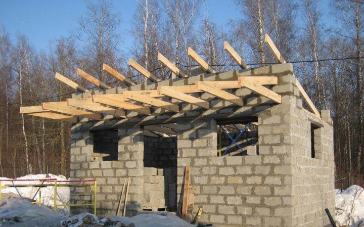 Сооружение односкатной крыши