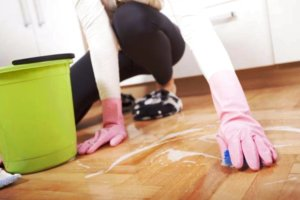 Как отмыть линолеум от грунтовки