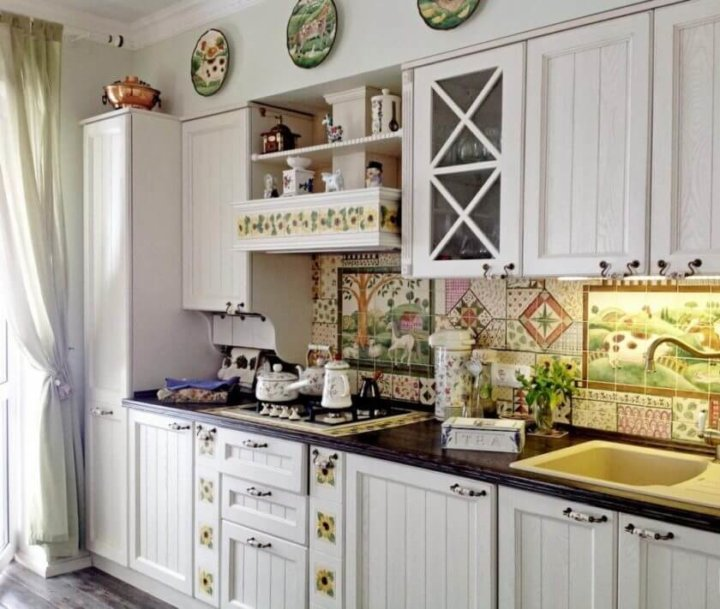 Плитка на кухне в стиле Прованс