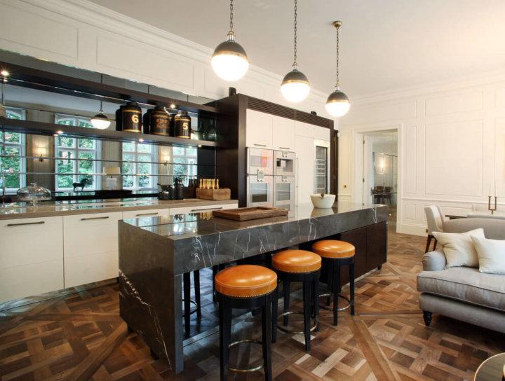 Остров в кухне-гостиной