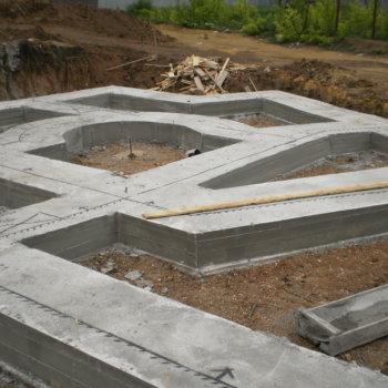 Расчёт материалов для строительства дома из пеноблоков, кирпича или дерева