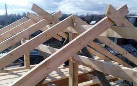Как рассчитать высоту крыши, какие параметры следует учесть, графический и математический расчет